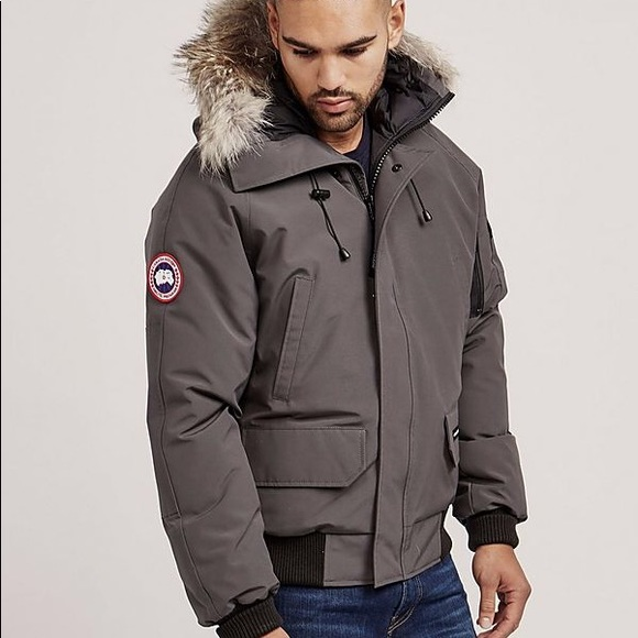 canada goose bomber jacket mens